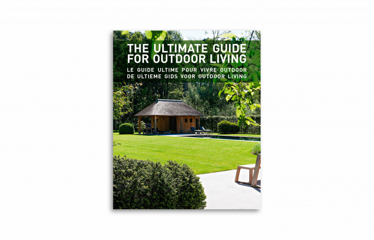 « Le Guide ultime pour vivre outdoor », collectif, Beta Plus, 320 pages.