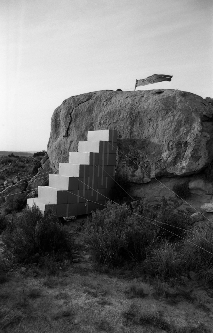 Ettore Sottsass, photographie issue de la série Metafore Balaguer, 1974