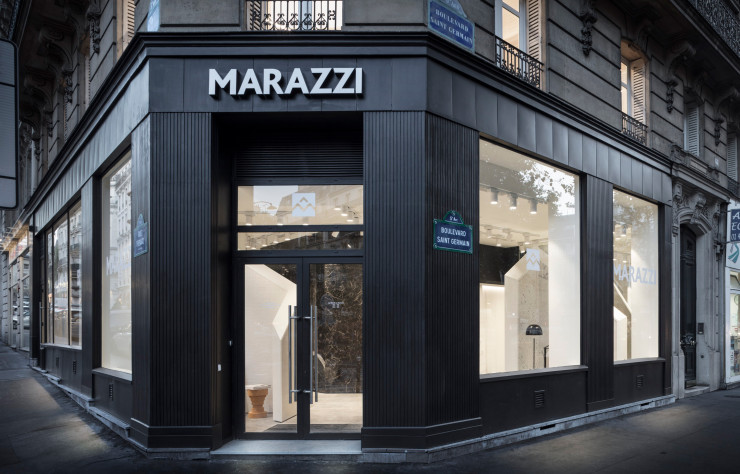 Le showroom parisien de Marazzi, boulevard Saint-Germain.