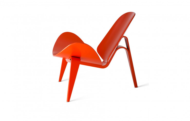 « Three-Legged Shell Chair » (1963).