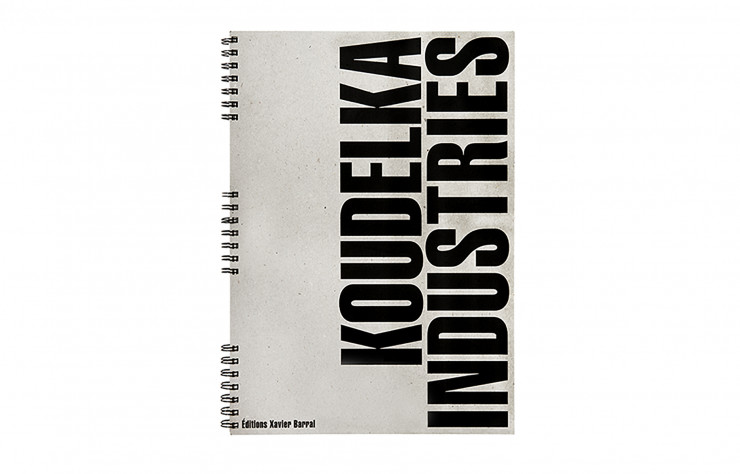 « Industries », de Josef Koudelka, Éditions Xavier Barral, 102 p., 55 €.