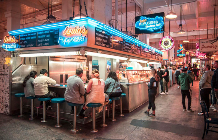 Le Grand Central Market est une institution culinaire du Downtown Los Angeles.