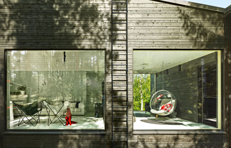 en finlande une maison qui fait corps avec la nature. Black Bedroom Furniture Sets. Home Design Ideas